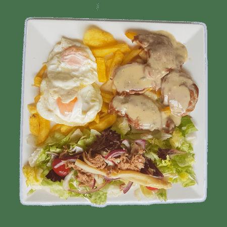 plato combinado de pollo