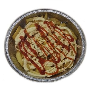 ración de patatas caseras con salsas